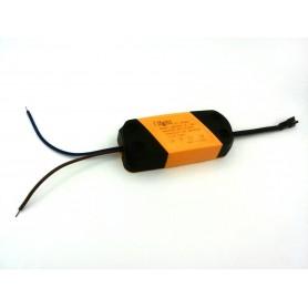 درایور LED (8-12)x1W قابدار پلاستیکی
