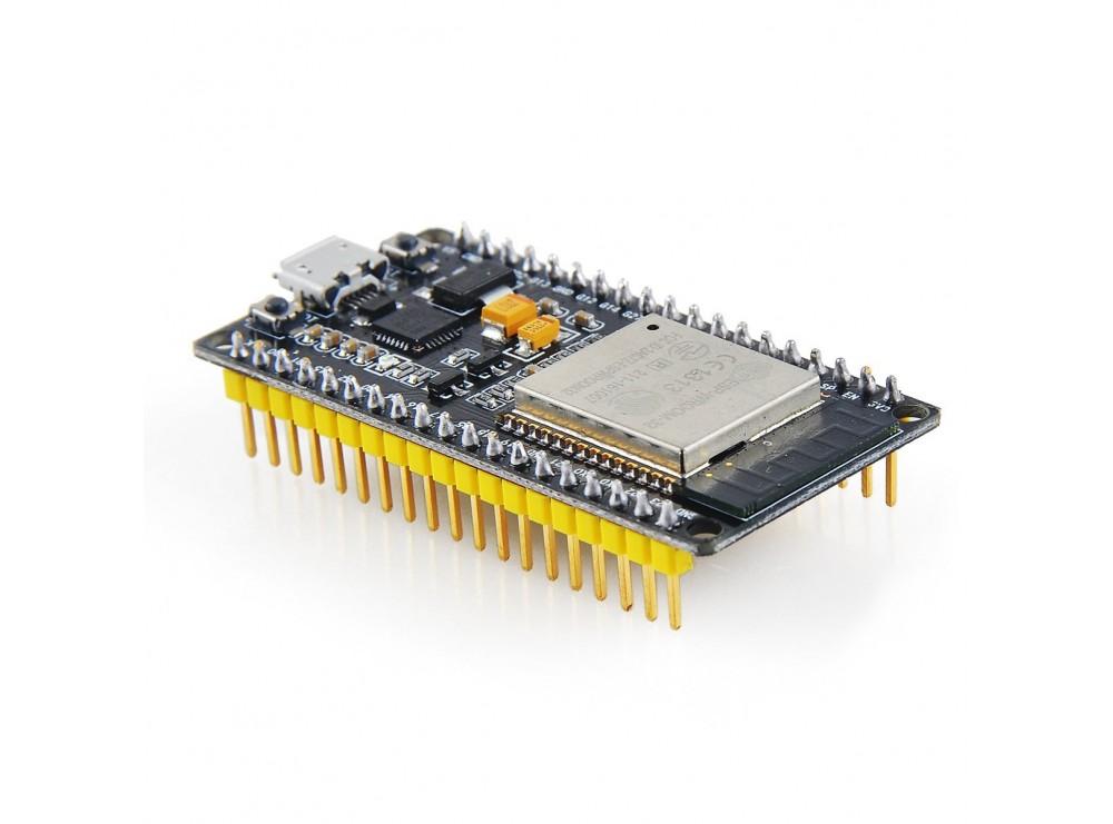 برد توسعه ESP32 دارای Wifi و بلوتوث 38 پایه