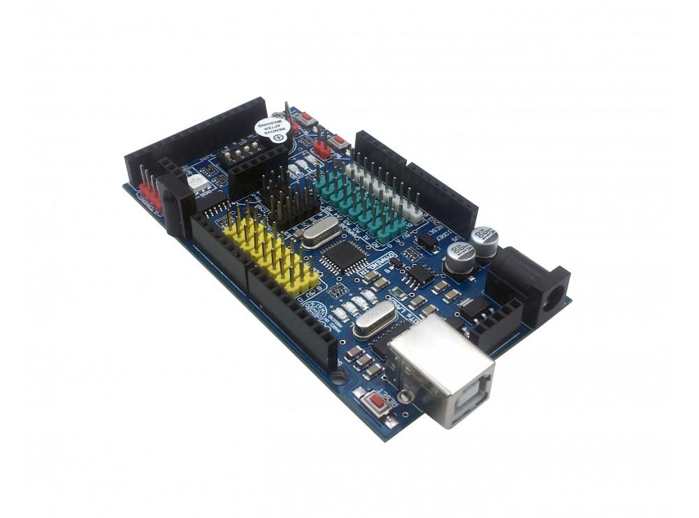 برد OYNAINO مبتنی بر برد آردوینو دارای پردازنده مرکزی ATmega328 و چیپ مبدل CH340G