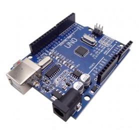 برد آردوینو Uno دارای پردازنده مرکزی ATmega328 و چیپ مبدل CH340G
